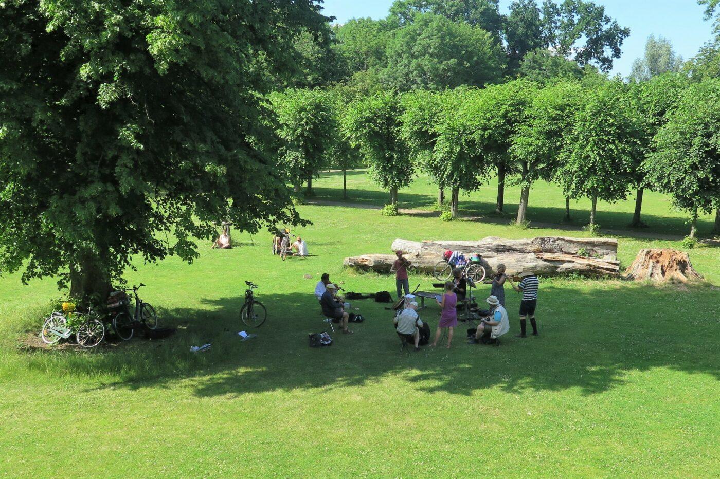 Sommerspil i Bellahøjparken